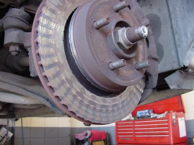 5 Signs Your Brakes Need Work