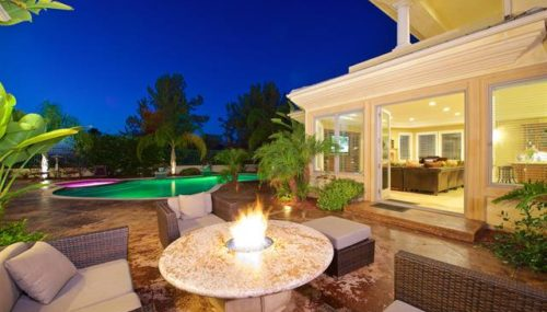 5 Ways To Spice Up Your Outdoor Living Area